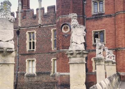 Hampton Court Half Day